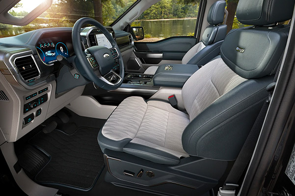 2021 Ford F 1 50 Limited interior