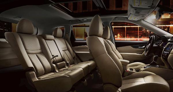 Nissan Rogue 5-Passenger SUV